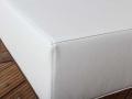 Tissu polyuréthane coloris blanc traité pour un usage en extérieur