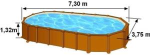 Les dimensions extérieures de la piscine AMAZONIA sont de 7,30m de long, 3,75m de large et 1,32m de haut