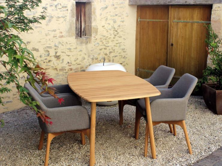 salon repas lombok semarang. Black Bedroom Furniture Sets. Home Design Ideas