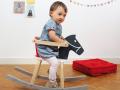 Cheval à bascule en bois pour enfant