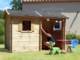 Maisonnette en bois ROSANE + AUVENT