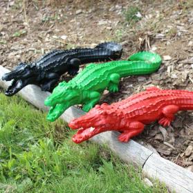 Crocodile 68 x 19 x H. 13 cm