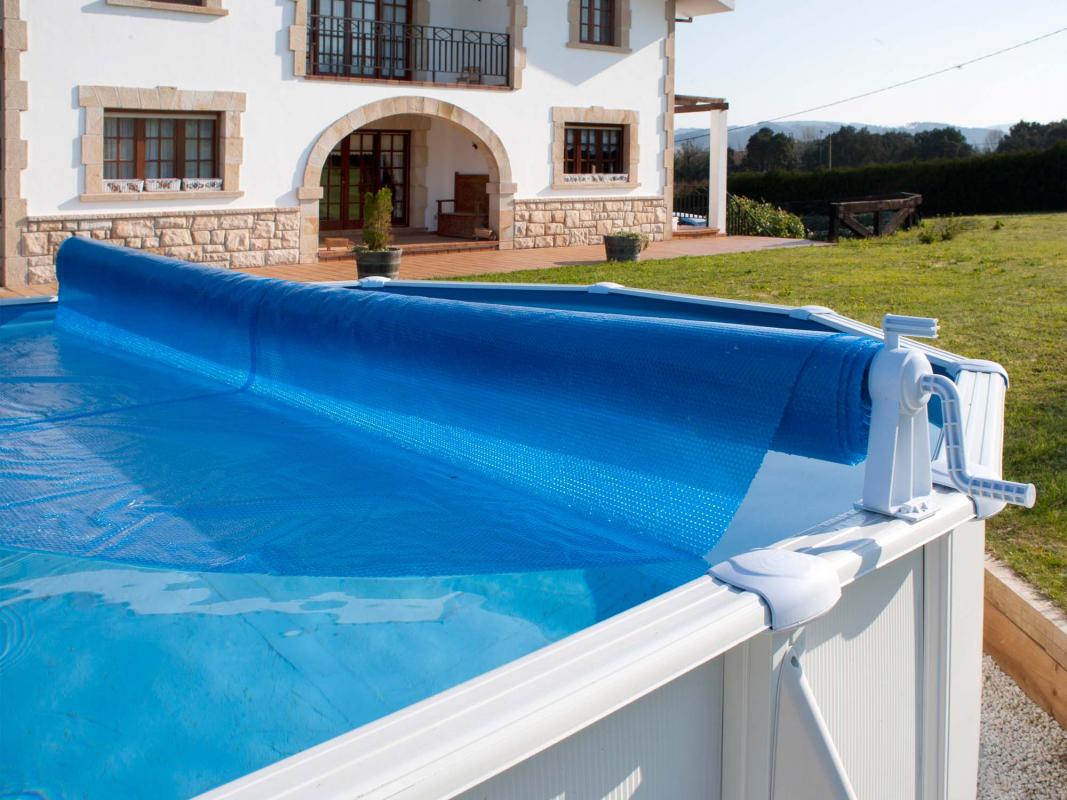 Enrouleur classique pour piscine hors sol gr for Piscine hors sol super u