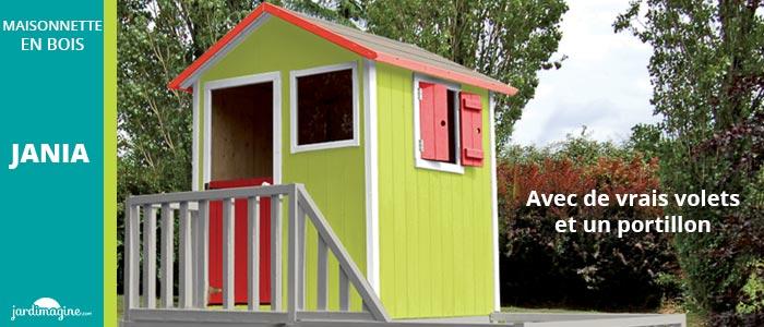 maisonnette en bois avec 2 fenêtres et 1 portillon